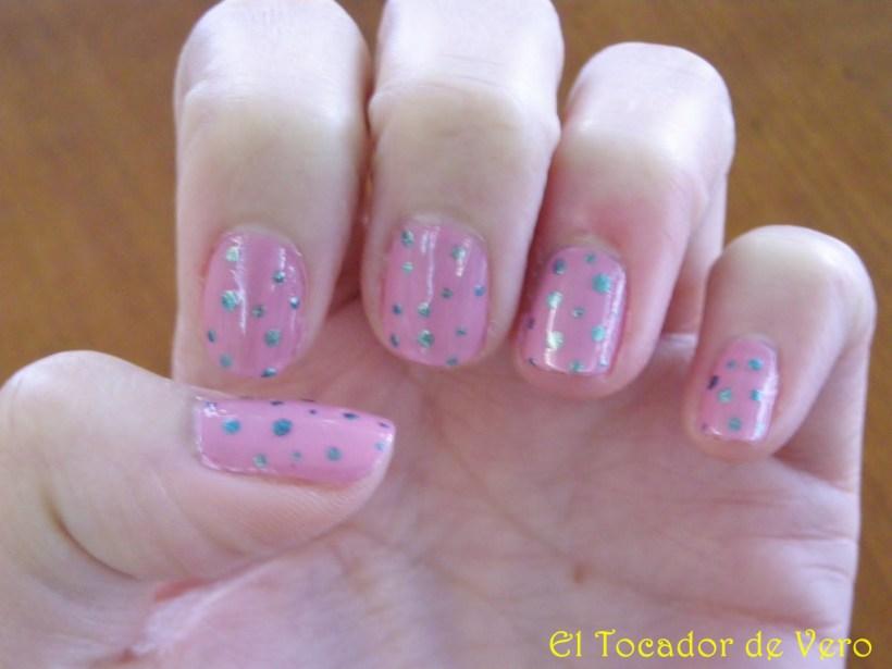 Polka dots en verde y rosa