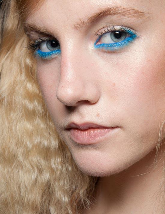2.- M.A.C Cosmetics para Moschino