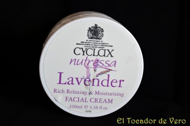 Hidratante facial de lavanda  de Cyclax