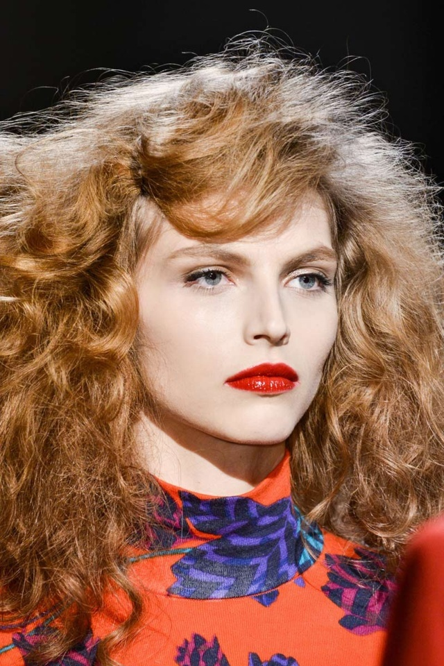 Marc by Marc Jacobs Fall Winter 2013-14 - labios rojos