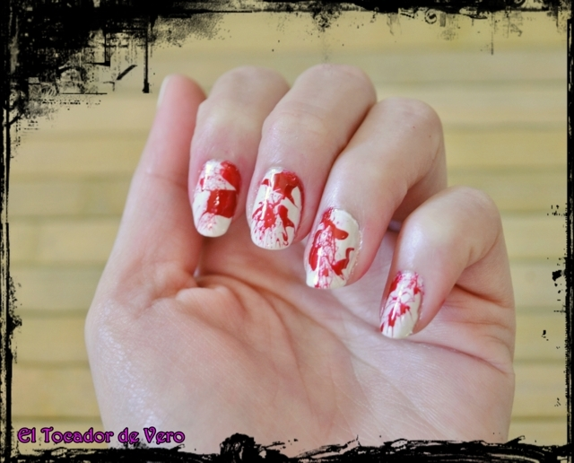halloween nail art sangre 5 (FILEminimizer)