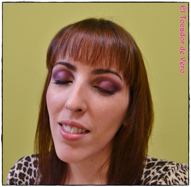Look berry smokey eyes vintage romance sleek 4