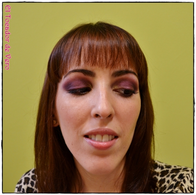 Look berry smokey eyes vintage romance sleek 5