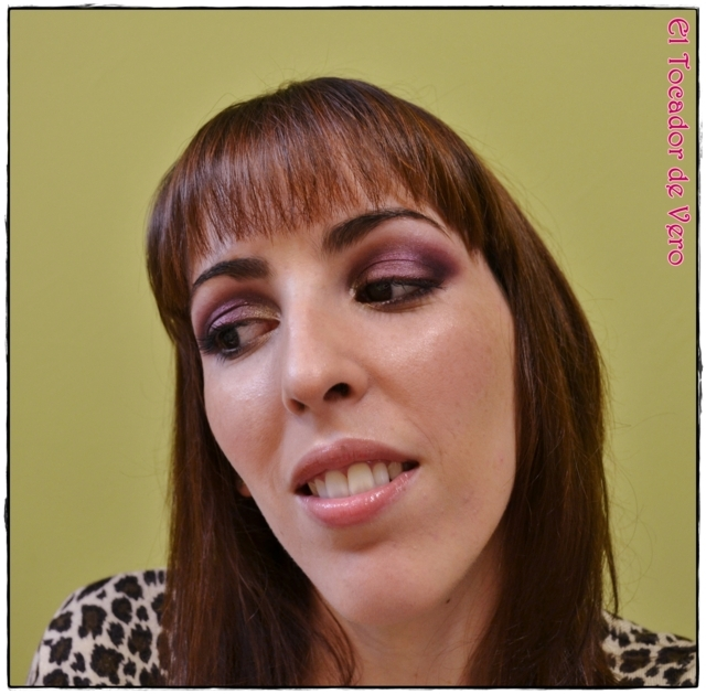 Look berry smokey eyes vintage romance sleek 6