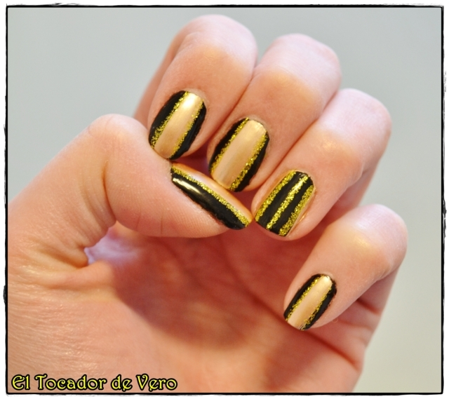 black and gold stripes 3 (FILEminimizer)