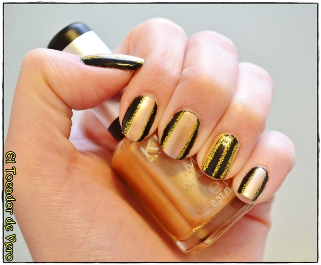 black and gold stripes 6 (FILEminimizer)
