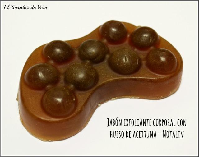 Jabón-exfoliante-corporal-hueso-aceituna-notaliv eltocadordevero