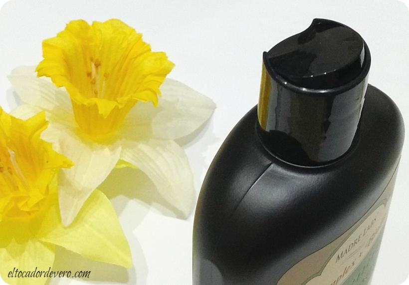 thickening-shampoo-madre-labs-3-eltocadordevero